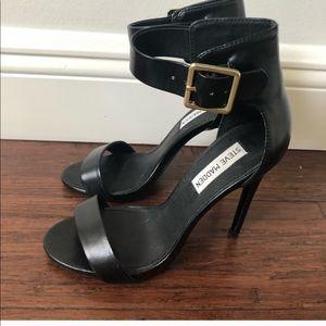 EUC Steve Madden black leather stilettos 7